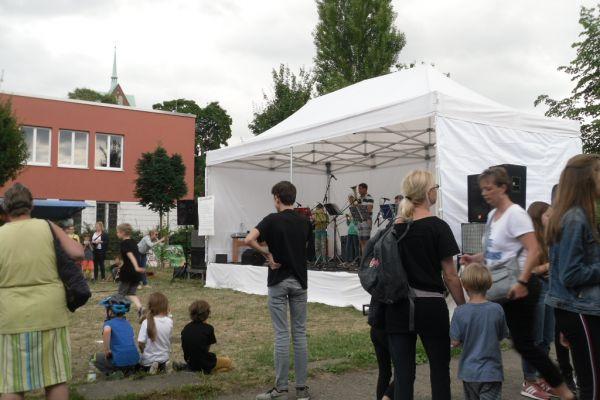 kiezfest20072792-6D6B-C6E2-E6DA-4EA5374DF37B.jpg